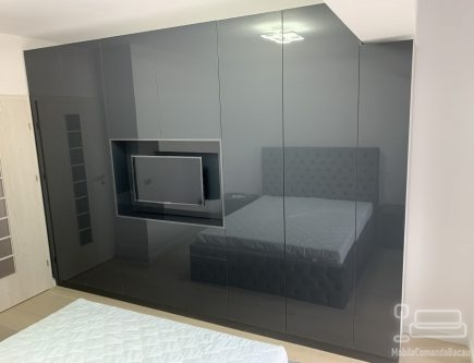 Dormitor modern, fronturi din MDF lucios D 406