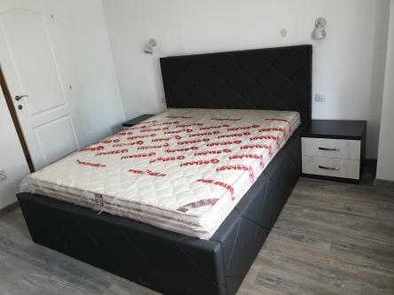 Pat Dublu Tapitat de Dormitor