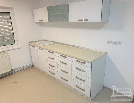 Mobilier cabinet medical din MDF
