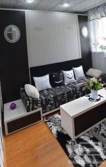Dormitor cu Pat Rabatabil si Canapea D 230