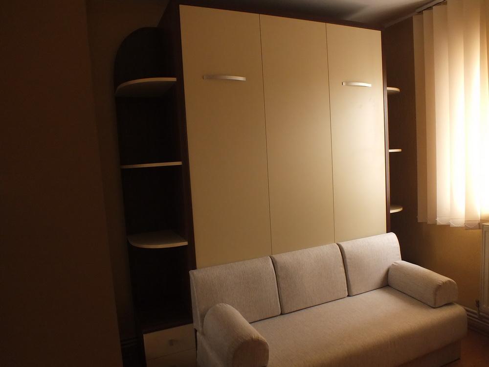 Paturi rabatabile cu canapea pentru optimizarea spatiilor for Canapea pat